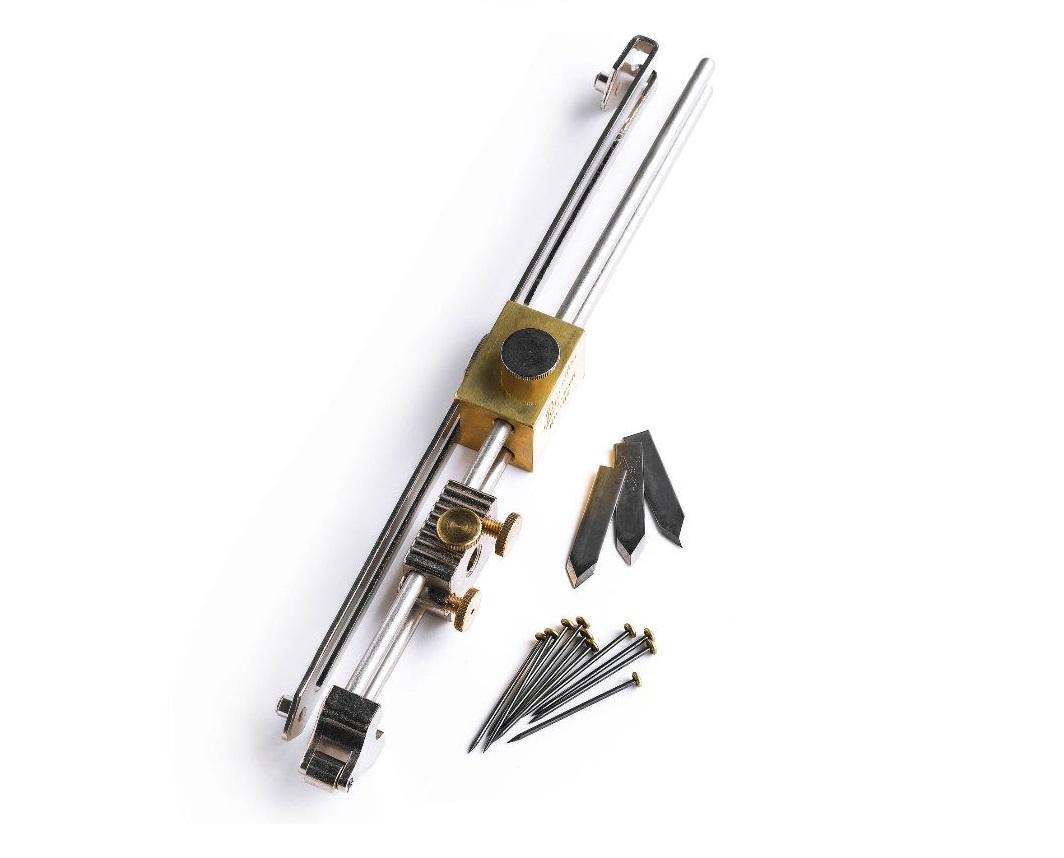 ceraminc flooring tool